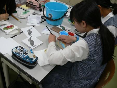 20180617芸高美術体験教室水干絵具で日本画2